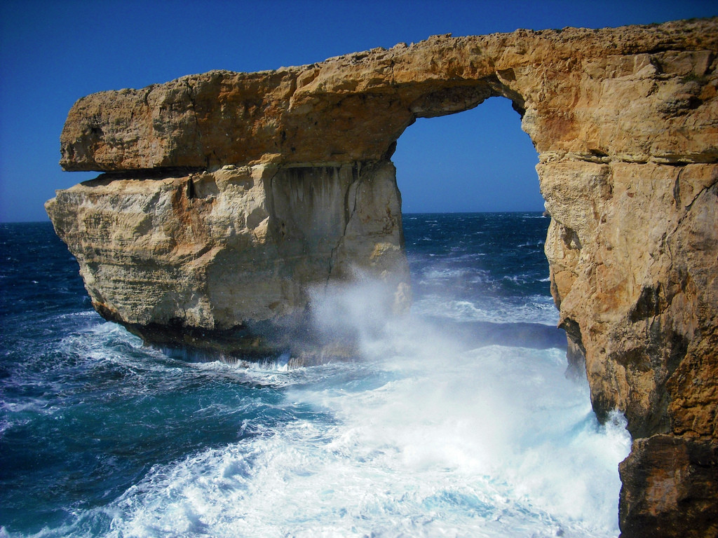 The Azure Window (Daenerys and Drogo's wedding)