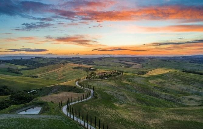Famous Roads for Great Drives in Italy